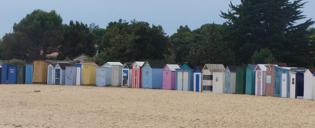 Strandhuisjes in verschillende kleuren